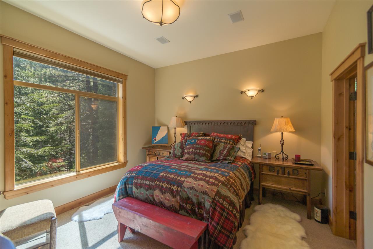 Additional photo for property listing at 11747 Kitzbuhel Road 11747 Kitzbuhel Road Truckee, California 96161 Estados Unidos