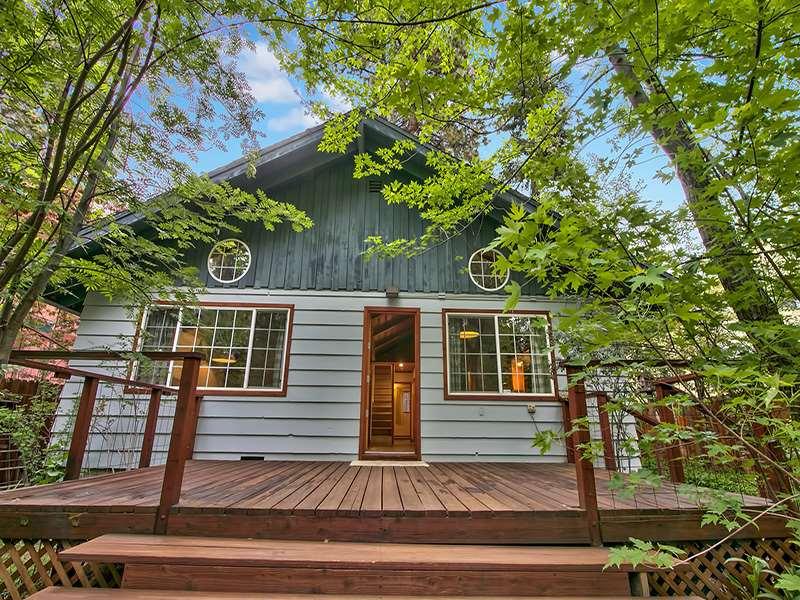 Additional photo for property listing at 8110 Steelhead Avenue  Kings Beach, California 96143 United States