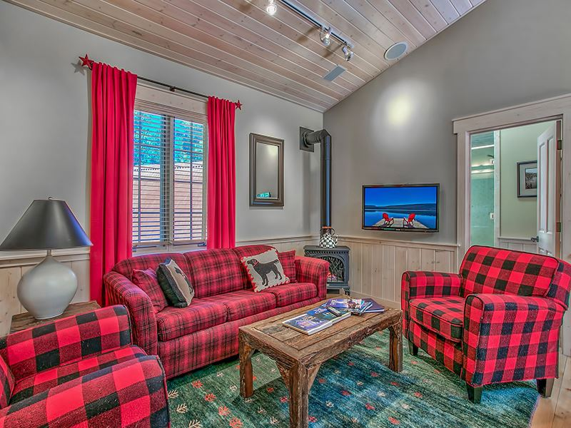 Additional photo for property listing at 245 Old County Road  Carnelian Bay, California 96141 Estados Unidos