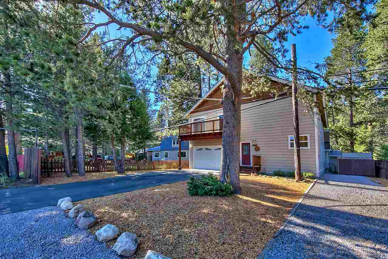 Single Family Home for Active at 11344 Forest Lane 11344 Forest Lane Truckee, California 96161 United States