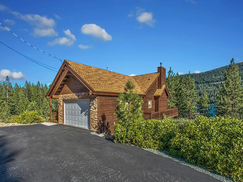Single Family Home for Active at 14665 Reed Avenue Truckee, California 96161 United States