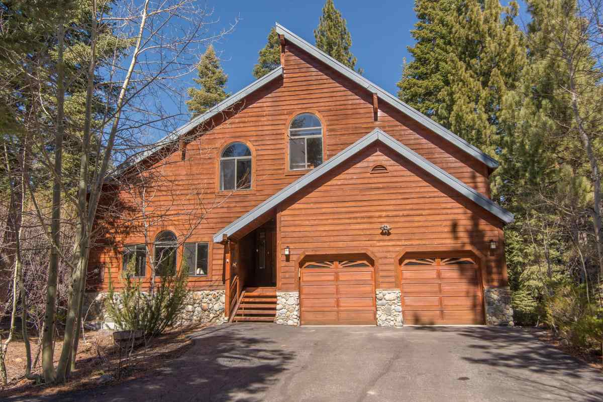 Single Family Home for Active at 12140 Saint Bernard Drive 12140 Saint Bernard Drive Truckee, California 96161 United States