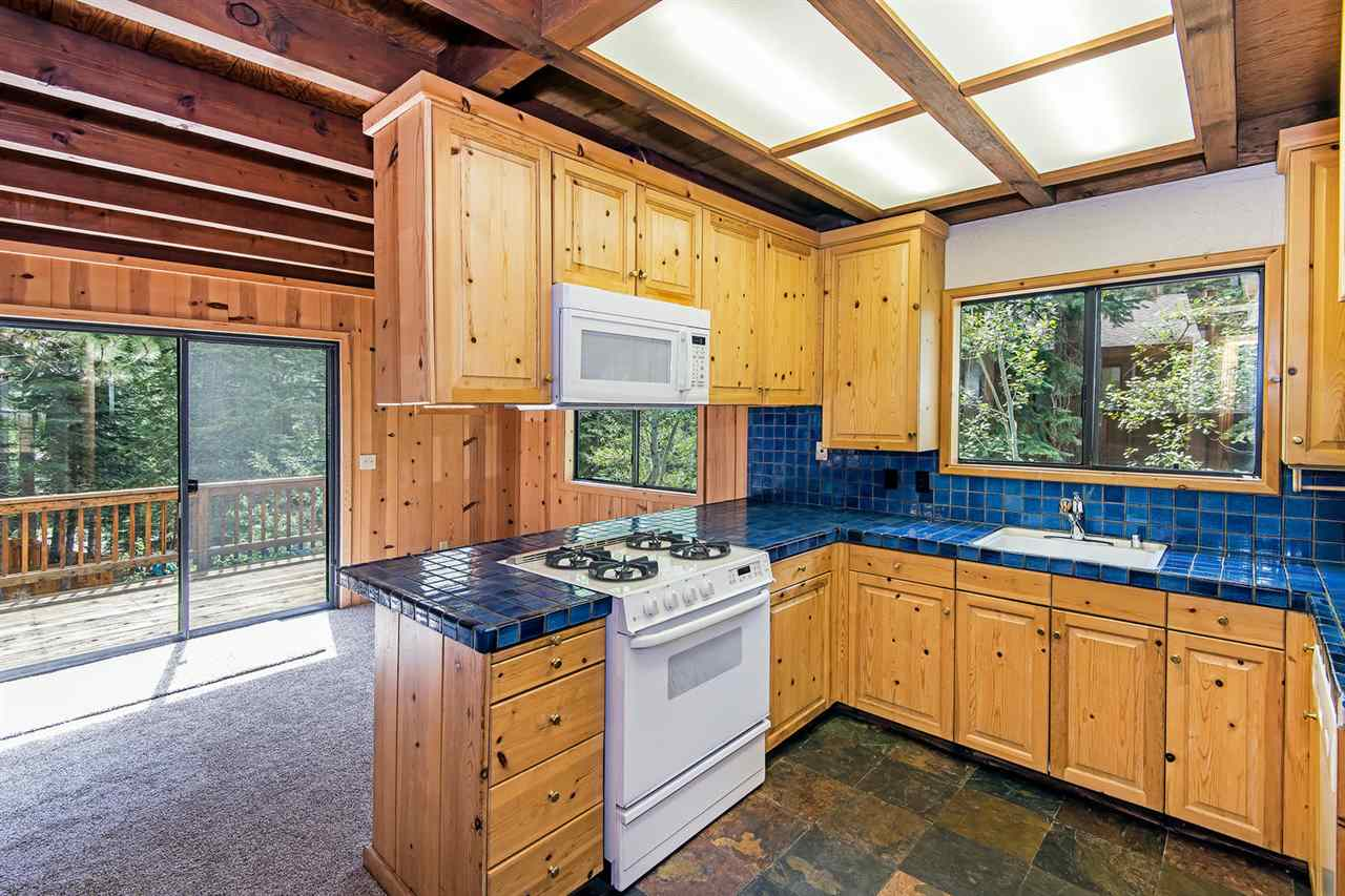 Additional photo for property listing at 4560 Wild Cherry Lane  Carnelian Bay, 加利福尼亚州 96140 美国
