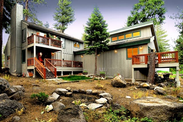 Additional photo for property listing at 3180 Fabian Way 3180 Fabian Way Tahoe City, California 96145 United States