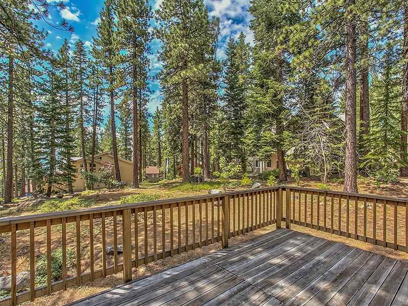 Additional photo for property listing at 813 Colleen Court  Incline Village, Nevada 89451 Estados Unidos