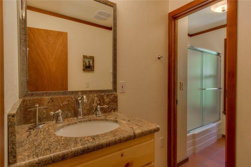 Additional photo for property listing at 2160 Bear Creek Drive  塔霍湖城, 加利福尼亚州 96146 美国