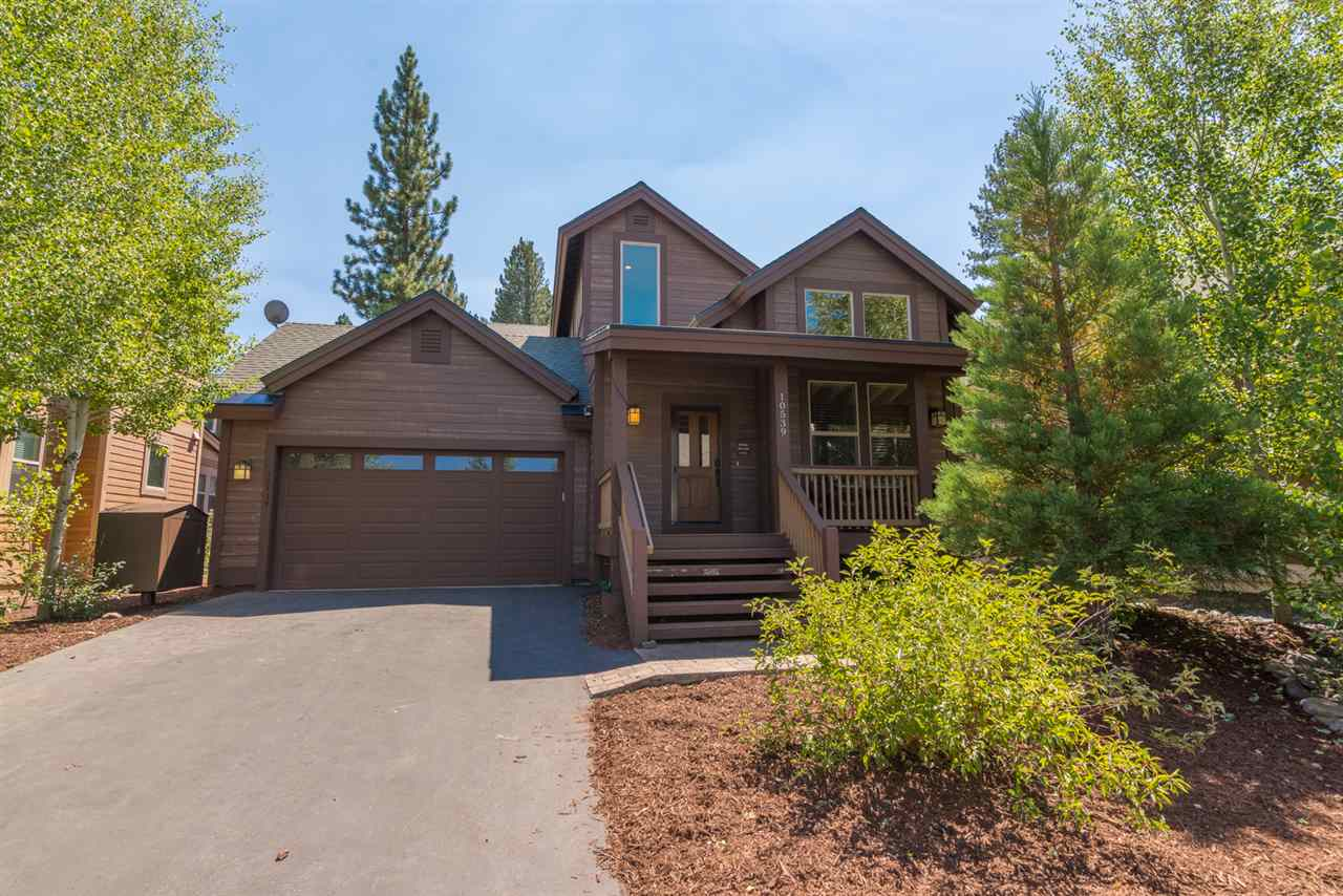 Single Family Home for Active at 10539 Sara Bear Lane Truckee, California 96161 United States