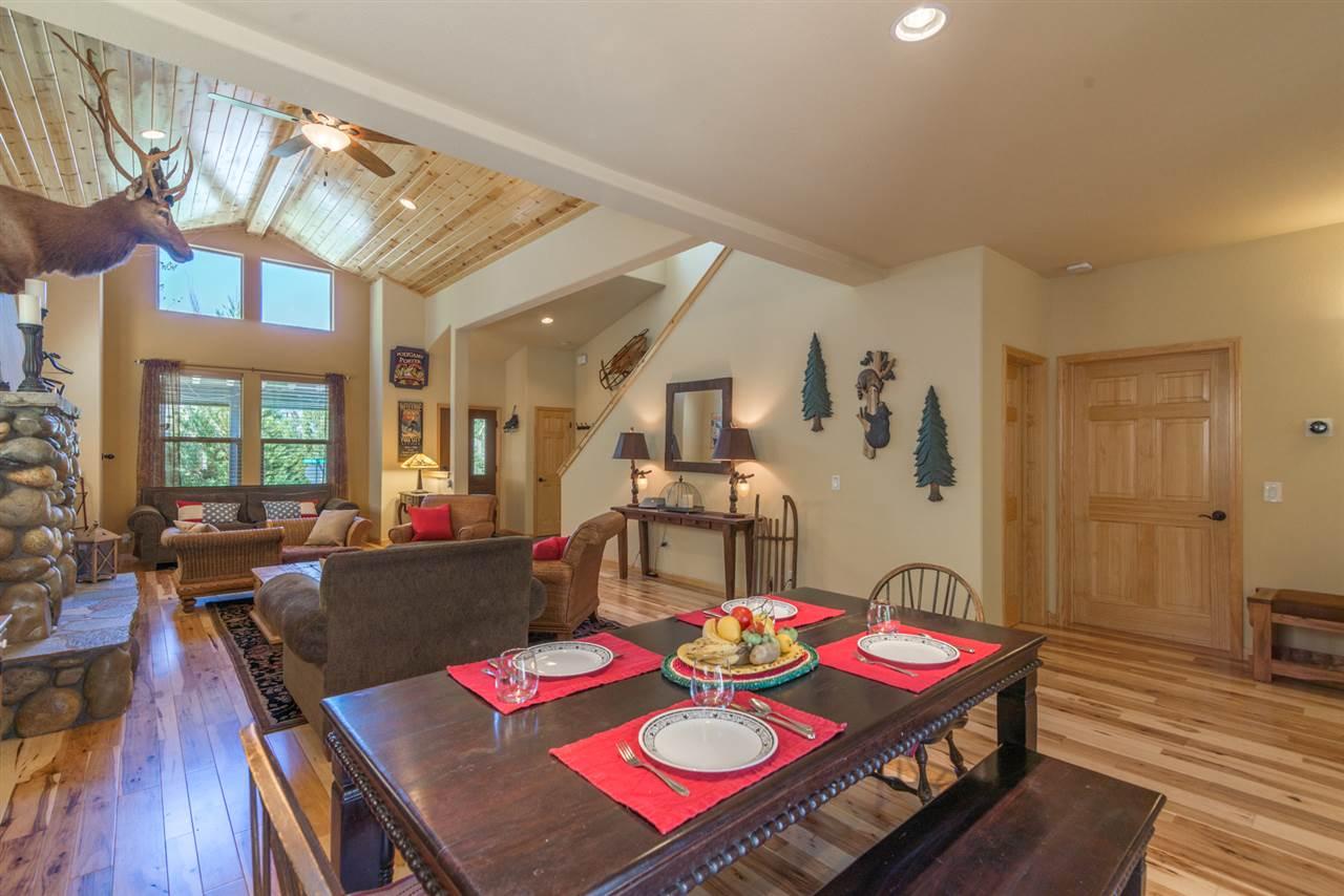Additional photo for property listing at 10539 Sara Bear Lane  特拉基, 加利福尼亚州 96161 美国