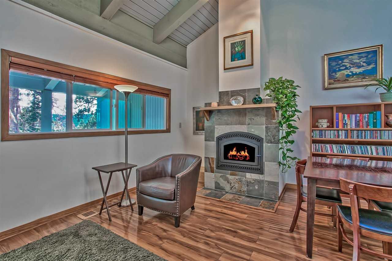 Additional photo for property listing at 3200 North Lake Boulevard 3200 North Lake Boulevard Tahoe City, California 96145 Estados Unidos