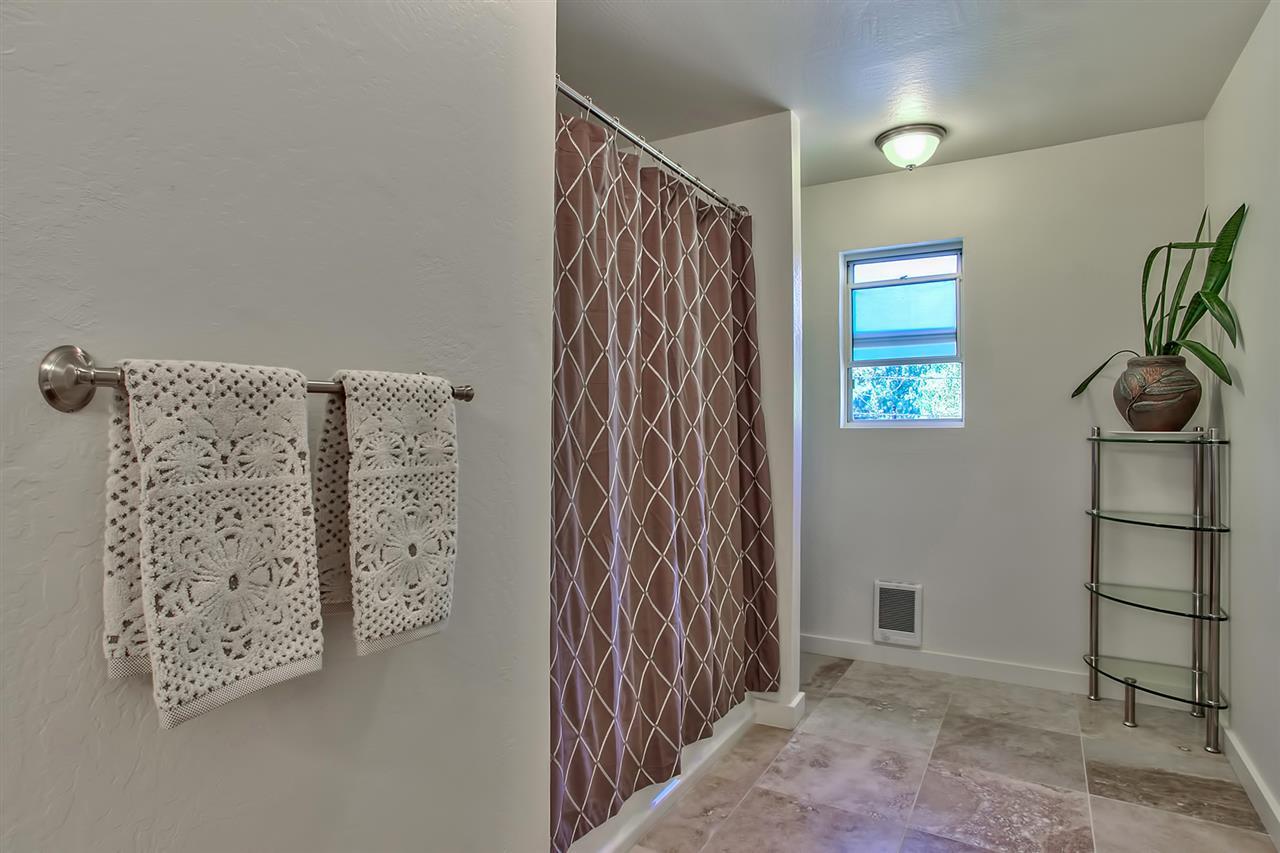 Additional photo for property listing at 10457 Reynold Way 10457 Reynold Way 特拉基, 加利福尼亚州 96161 美国