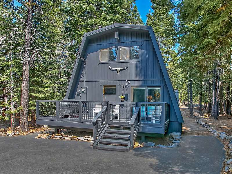 Single Family Home for Active at 14556 Hansel Avenue Truckee, California 96161 United States