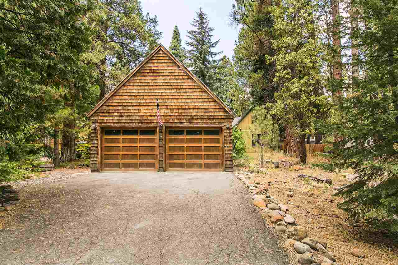 Additional photo for property listing at 4971 North Lake Boulevard 4971 North Lake Boulevard Carnelian Bay, California 96140 United States