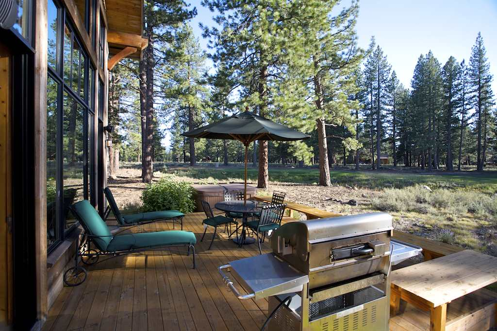 Additional photo for property listing at 12458 Lookout Loop  Truckee, California 96161 Estados Unidos