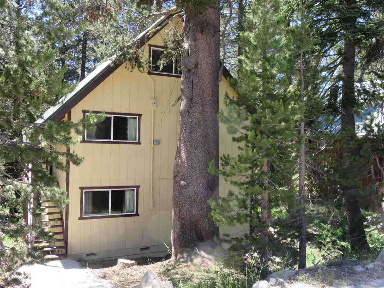 Additional photo for property listing at 5161 Soda Springs Road  Soda Springs, California 95728 United States