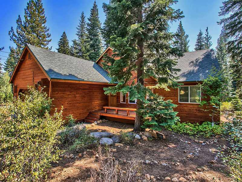 Additional photo for property listing at 13021 Davos Drive  Truckee, California 96161 United States