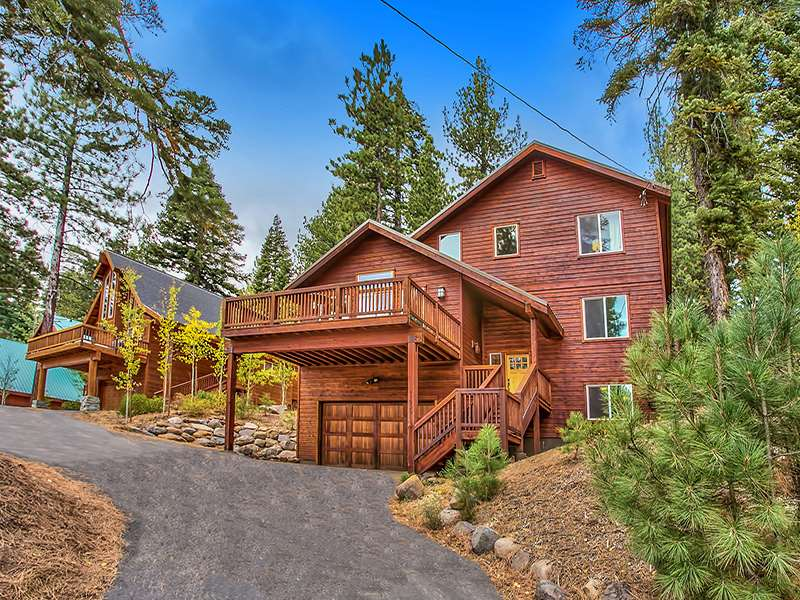 Single Family Home for Active at 11900 Saint Bernard Drive 11900 Saint Bernard Drive Truckee, California 96161 United States