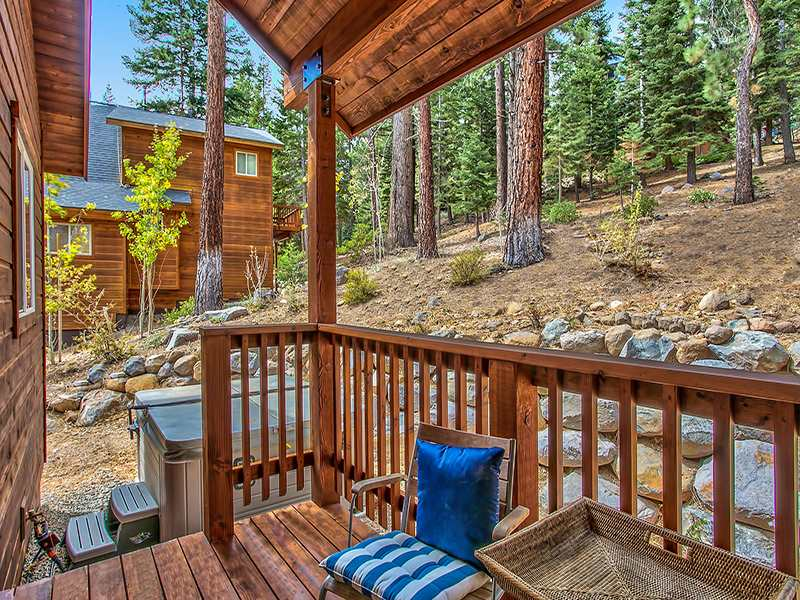 Additional photo for property listing at 11900 Saint Bernard Drive 11900 Saint Bernard Drive Truckee, California 96161 United States