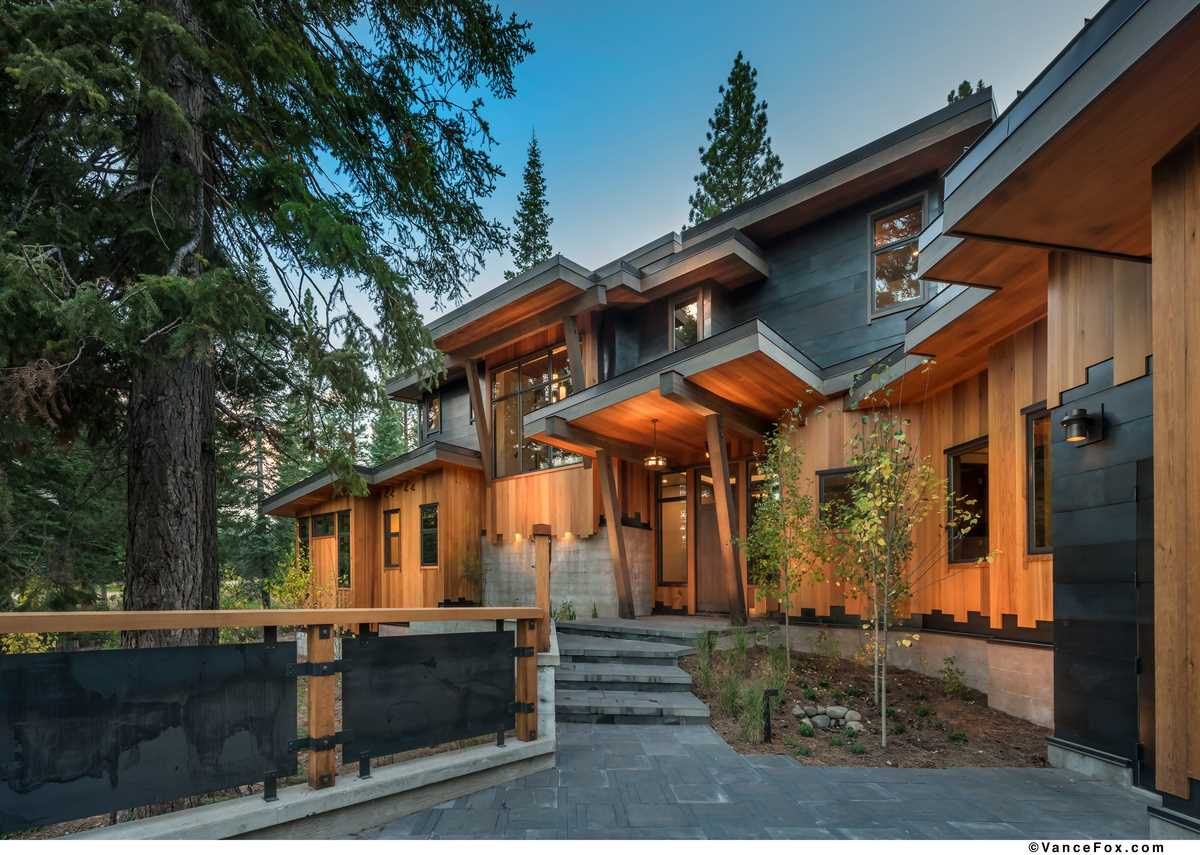 Single Family Home for Active at 8440 Valhalla Drive Truckee, California 96161 United States