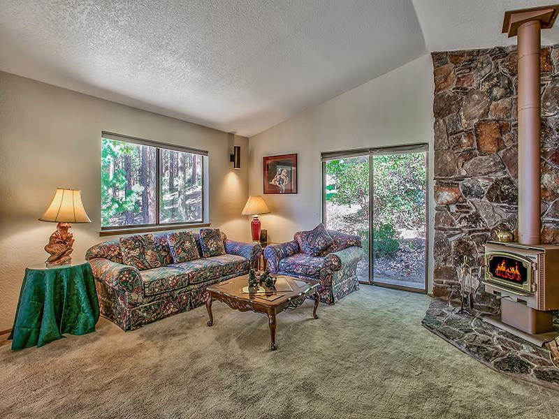 Additional photo for property listing at 676 Tyner Way  Incline Village, Nevada 89451 United States