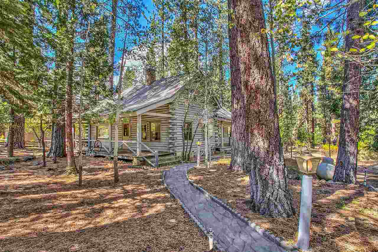 Single Family Home for Active at 66 Tolowa Trail Graeagle, California 96103 United States