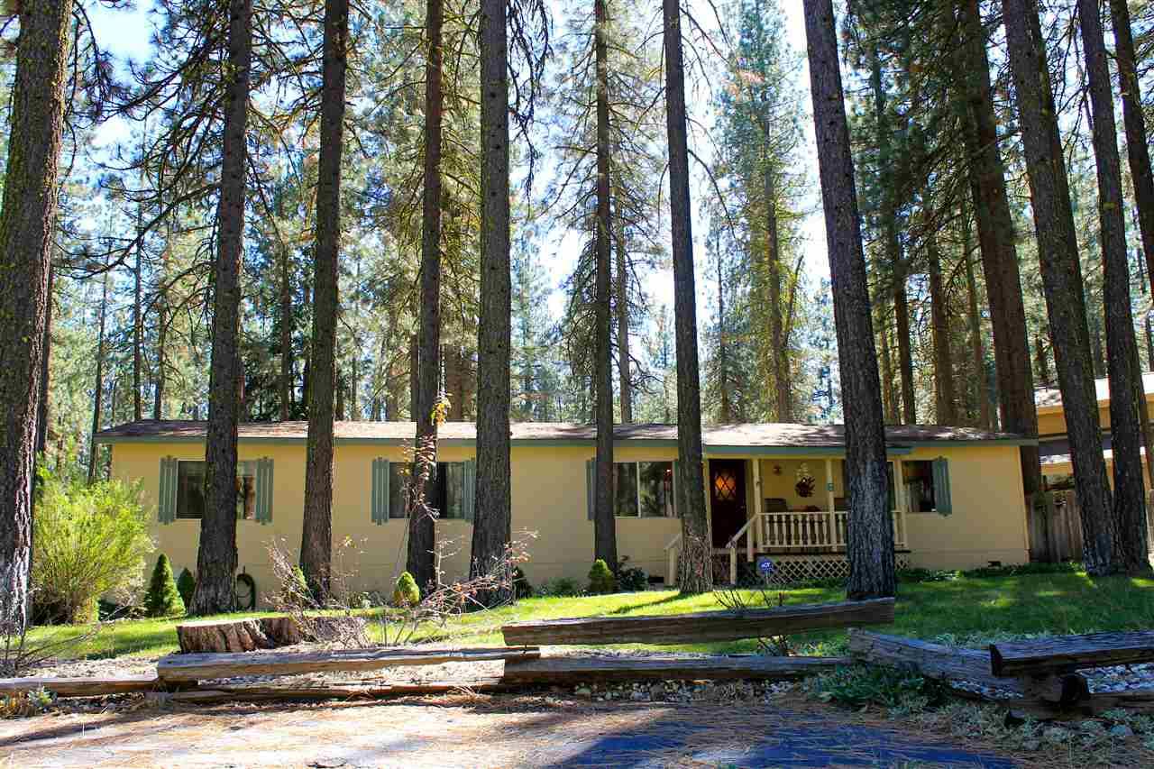 Casas Móviles por un Venta en 8 Cedar Lane 8 Cedar Lane Blairsden, California 96103 Estados Unidos