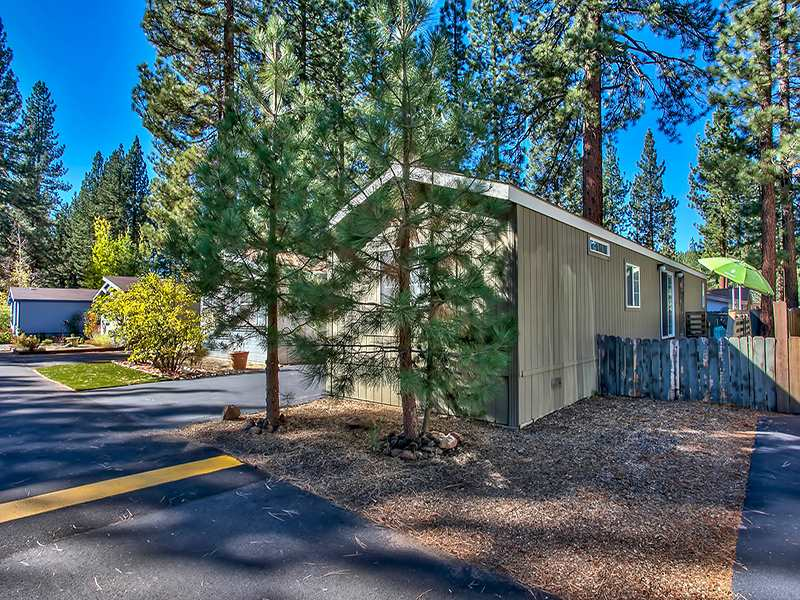 Additional photo for property listing at 10100 Pioneer Trail  Truckee, California 96161 Estados Unidos