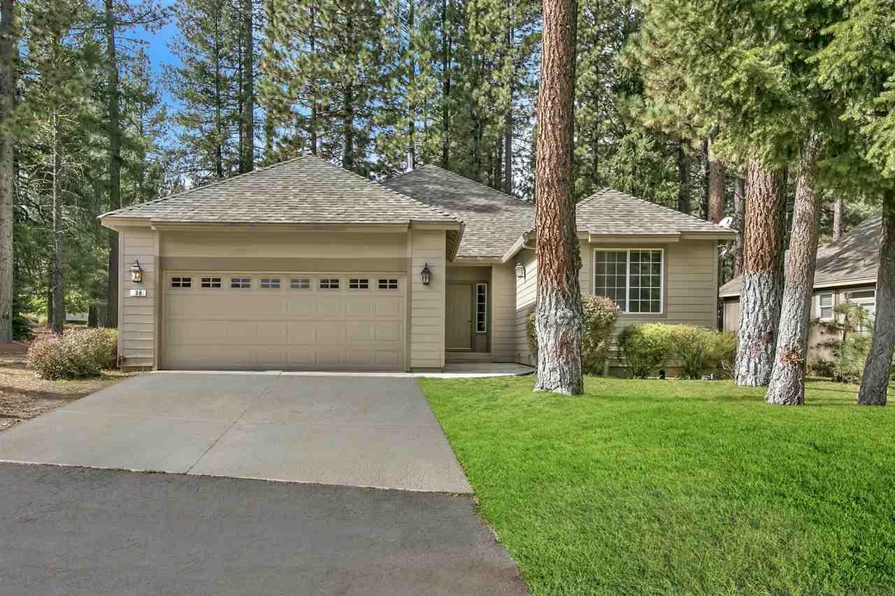 Casa Unifamiliar por un Venta en 38 Oak Court Blairsden, California 96103 Estados Unidos