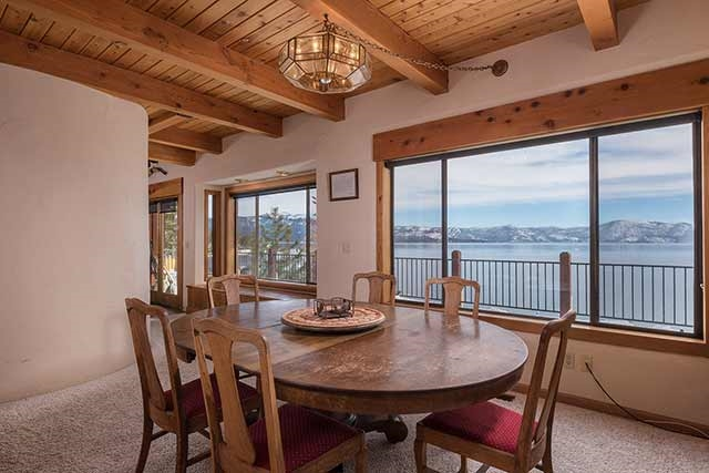 Additional photo for property listing at 3840 North Lake Boulevard  Carnelian Bay, 加利福尼亚州 96140 美国