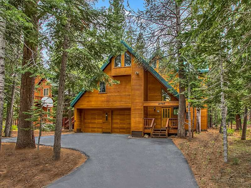 Single Family Home for Active at 13787 Swiss Lane Truckee, California 96161 United States