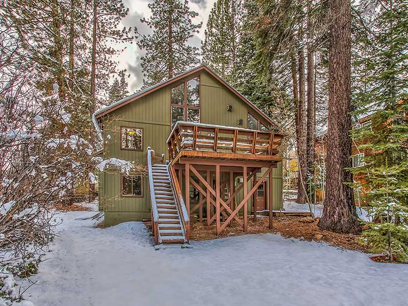 Additional photo for property listing at 11848 Snowpeak Way 11848 Snowpeak Way Truckee, California 96161 Estados Unidos
