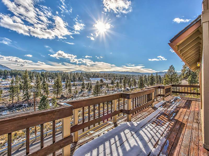 Additional photo for property listing at 11619 Kayhoe Court 11619 Kayhoe Court Truckee, California 96161 United States