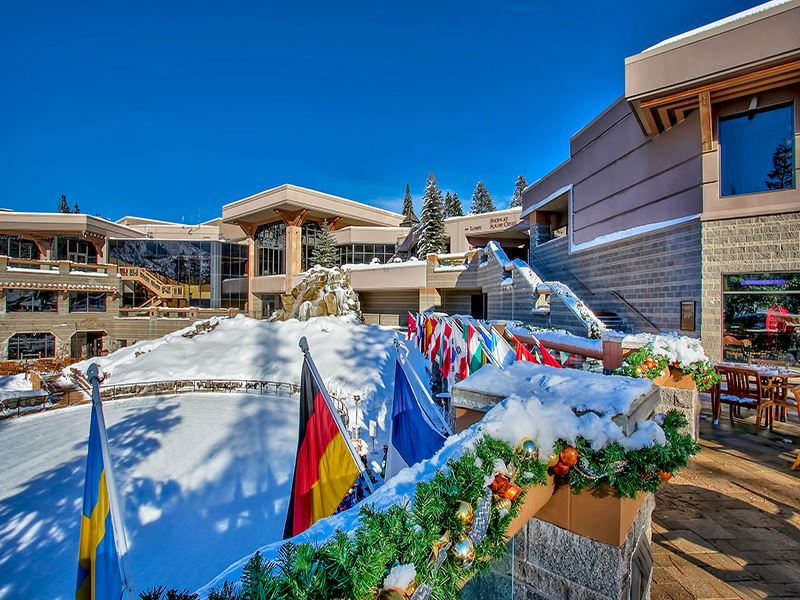 Condo / Townhouse for Active at 400 Squaw Creek Road 400 Squaw Creek Road Olympic Valley, California 96146 United States