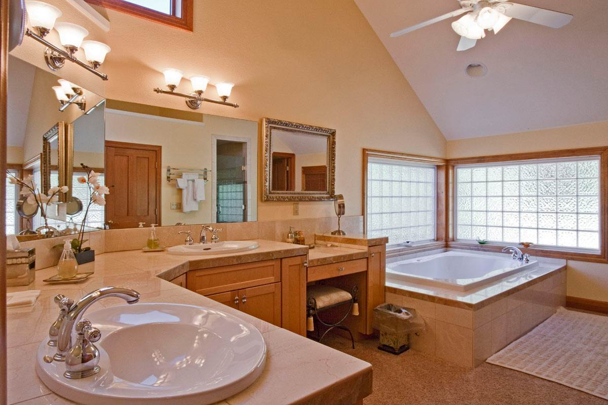 Additional photo for property listing at 94 Winding Creek Road Olympic Valley, California 96146 United States