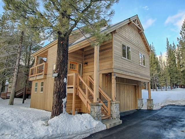 Single Family Home for Active at 12903 Northwoods Boulevard Truckee, California 96161 United States