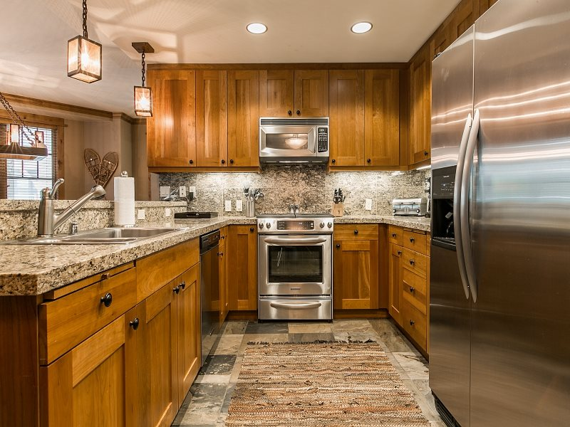 Additional photo for property listing at 8001 Northstar Drive  Truckee, California 96161 Estados Unidos