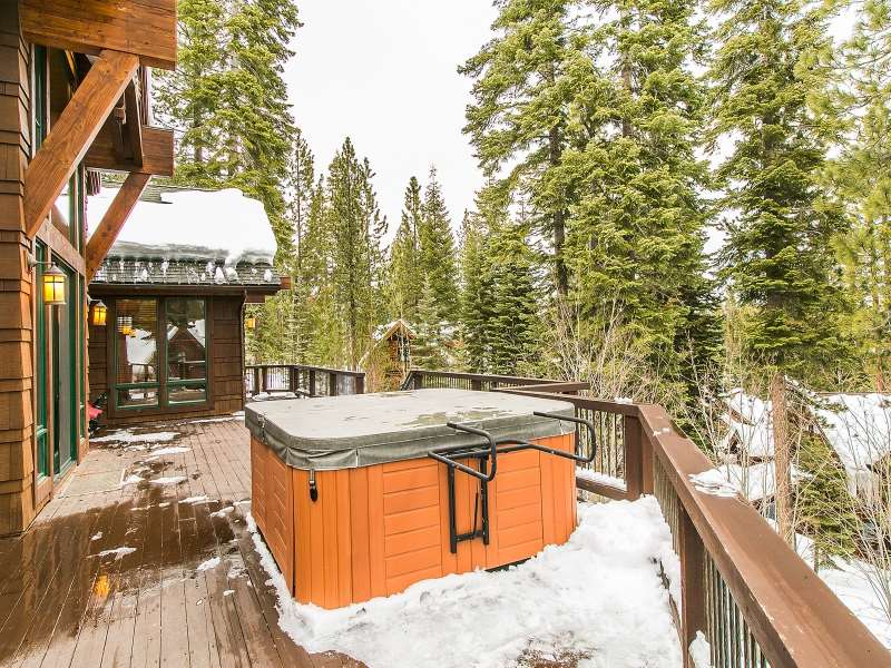 Additional photo for property listing at 2203 Silver Fox Court 2203 Silver Fox Court Truckee, California 96161 Estados Unidos