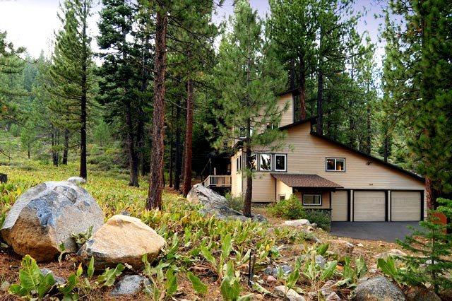 独户住宅 为 销售 在 146 Tiger Tail Road 146 Tiger Tail Road 奥林匹克山, 加利福尼亚州 96146 美国
