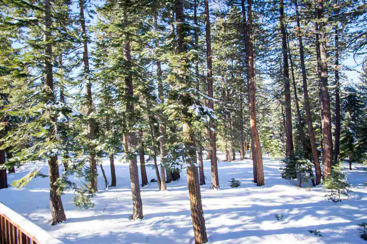 Additional photo for property listing at 11752 Nordic Lane  Truckee, California 96161 Estados Unidos