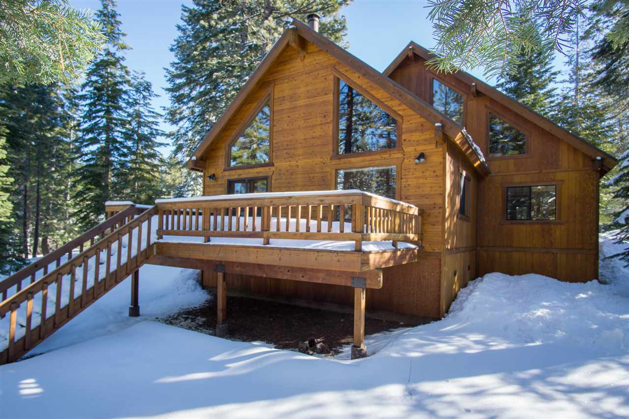 Additional photo for property listing at 11752 Nordic Lane  Truckee, California 96161 United States