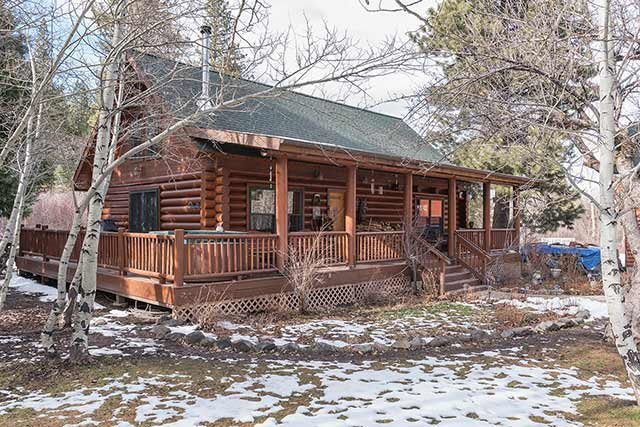 Additional photo for property listing at 402 Old Truckee Road  Sierraville, California 96126 United States