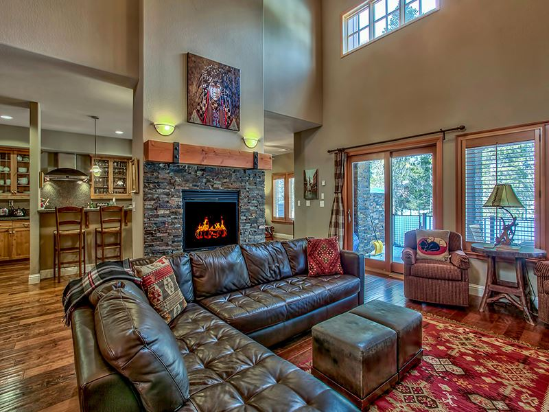 Additional photo for property listing at 11855 Hope Court 11855 Hope Court Truckee, California 96161 United States