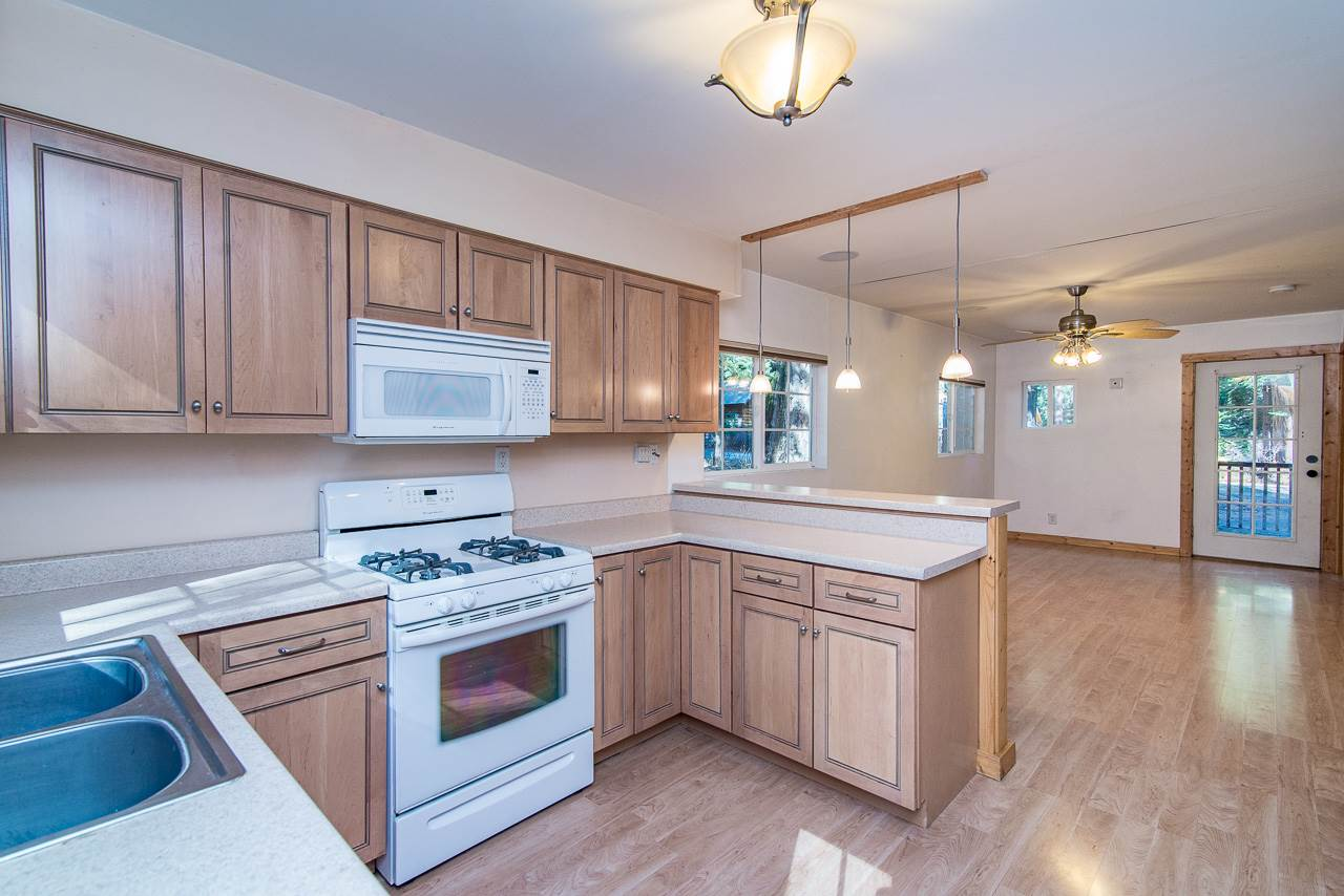 Additional photo for property listing at 4200 Interlaken Road  South Lake Tahoe, California 96141 Estados Unidos