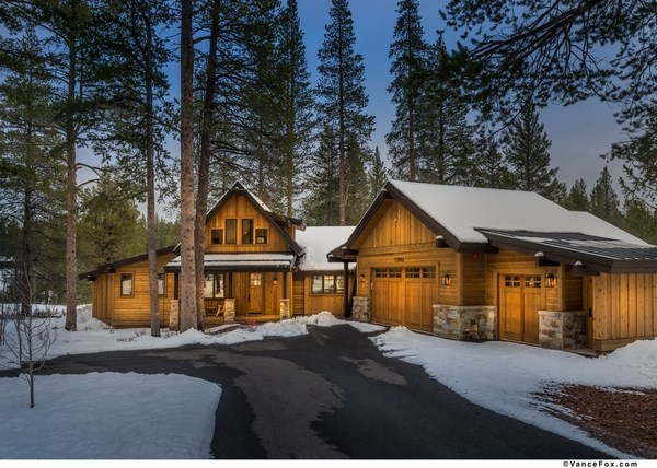 Single Family Home for Active at 11651 Ghirard Road Truckee, California 96161 United States