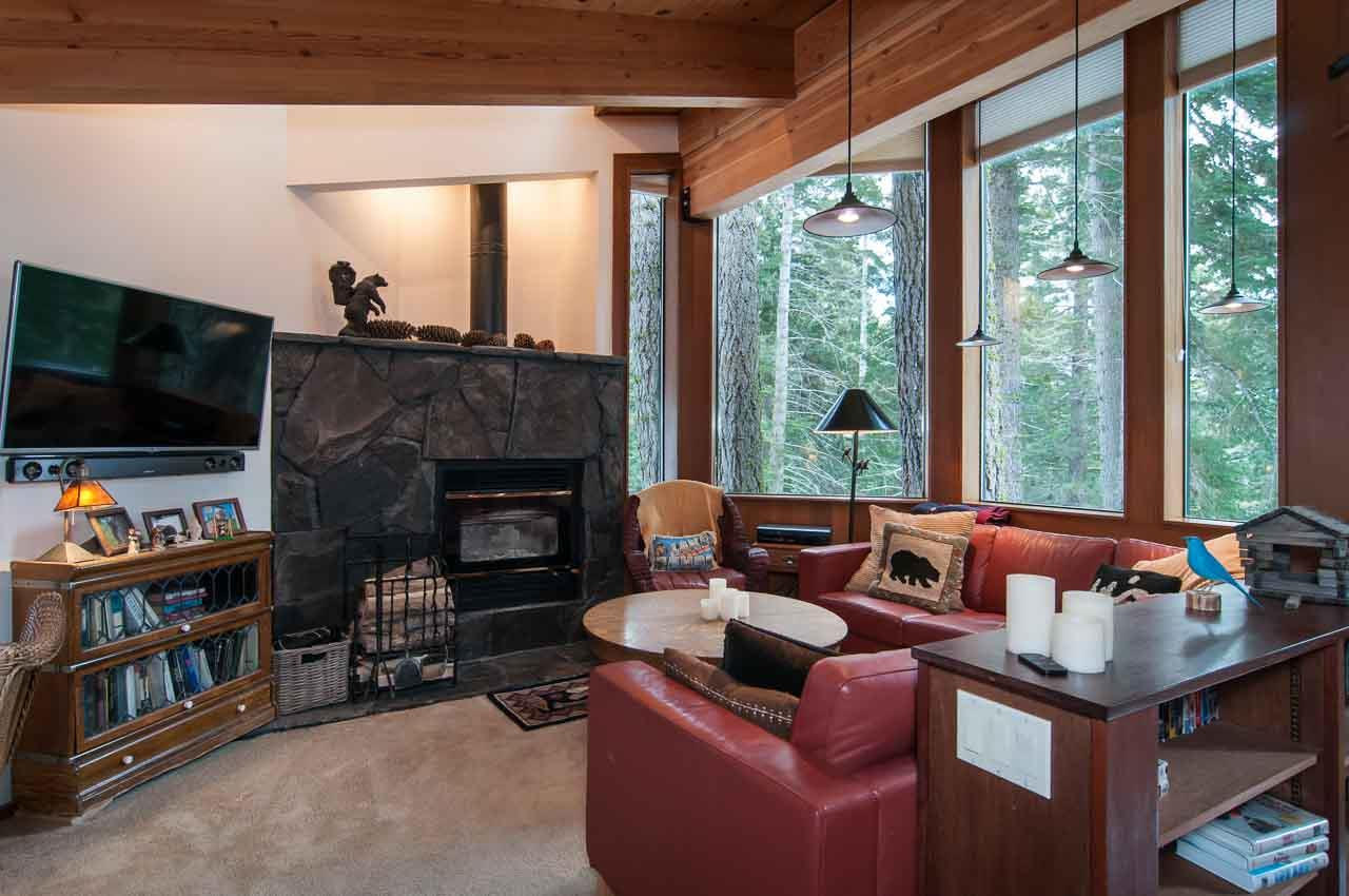 Additional photo for property listing at 4083 Gstaad Road  Tahoe City, California 96145 United States