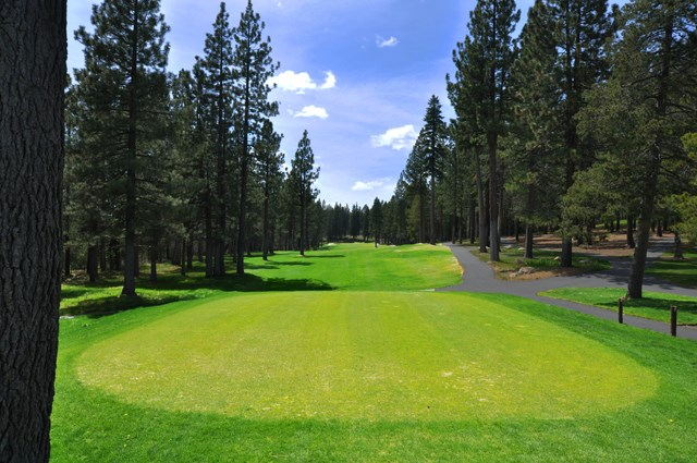 Additional photo for property listing at 11589 Snowpeak Way 11589 Snowpeak Way Truckee, California 96161 Estados Unidos