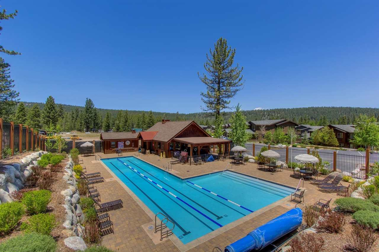 Additional photo for property listing at 11609 Dolomite Way  Truckee, California 96161 United States