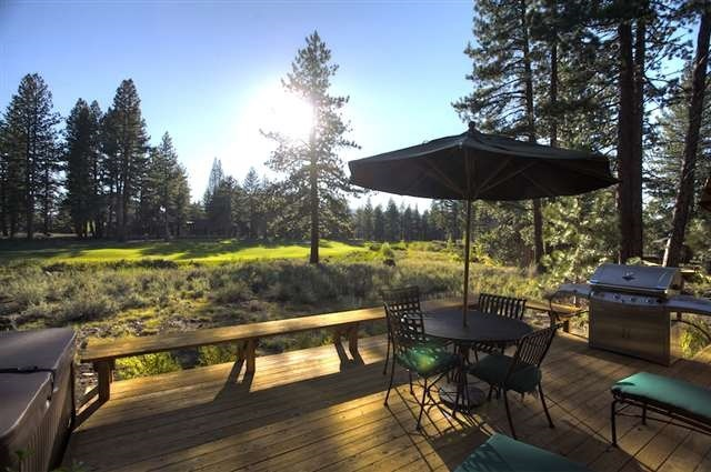 Additional photo for property listing at 12220 Lookout Loop  Truckee, California 96161 United States