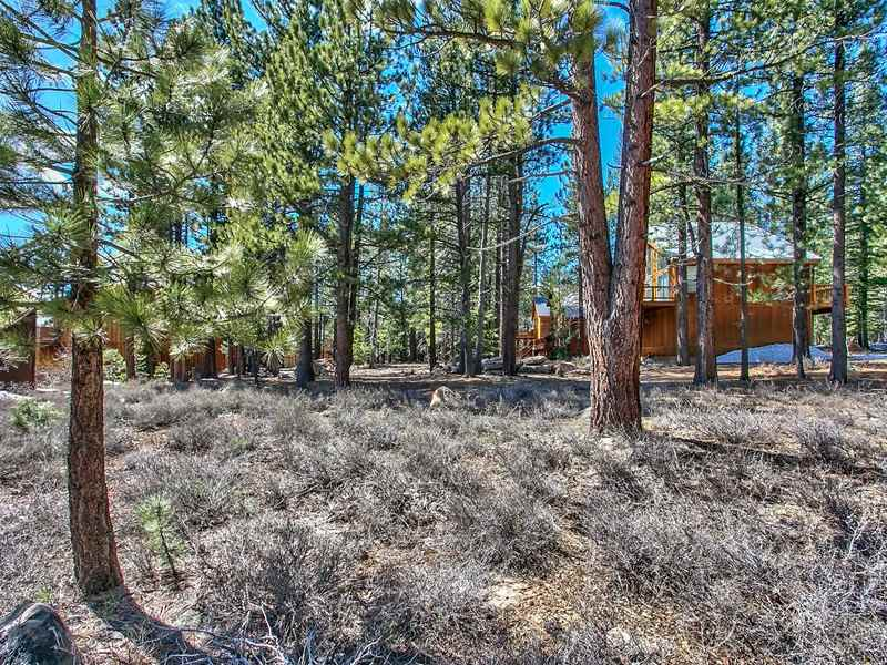 Residential Lot for Active at 11950 Oslo Drive 11950 Oslo Drive Truckee, California 96161 United States
