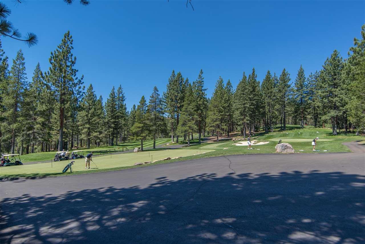 Additional photo for property listing at 11950 Oslo Drive 11950 Oslo Drive 特拉基, 加利福尼亚州 96161 美国