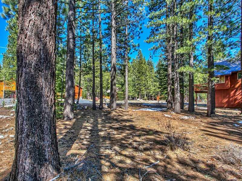Additional photo for property listing at 11950 Oslo Drive 11950 Oslo Drive Truckee, California 96161 Estados Unidos